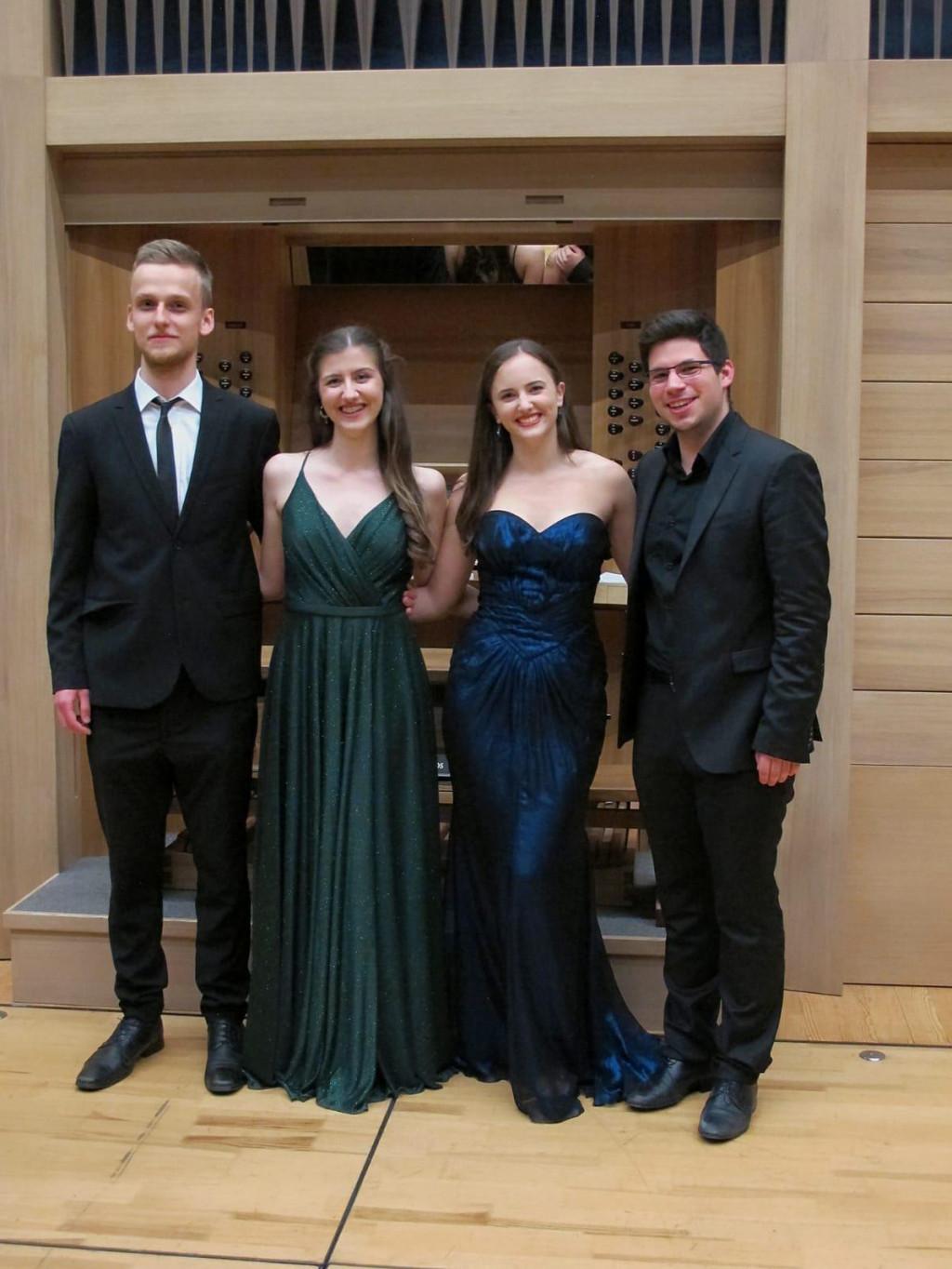 Trubač Peter Firšt, klaviristica Paula Jadrušić, sopranistica Josipa Bilić i orguljaš Mihovil Buturić