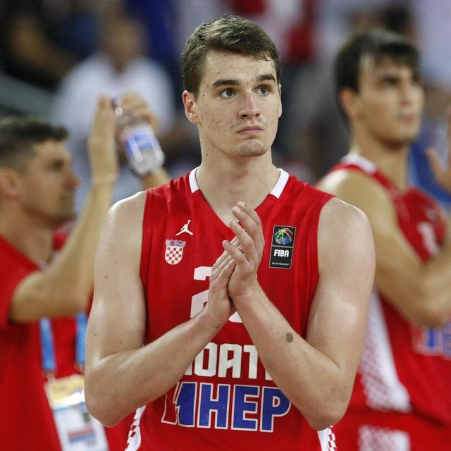 Mario Hezonja na Eurobasketu 2015. godine. Dubrovčanin je debi na velikim natjecanjima imao na Svjetskom prvenstvu 2014. u Španjolskoj