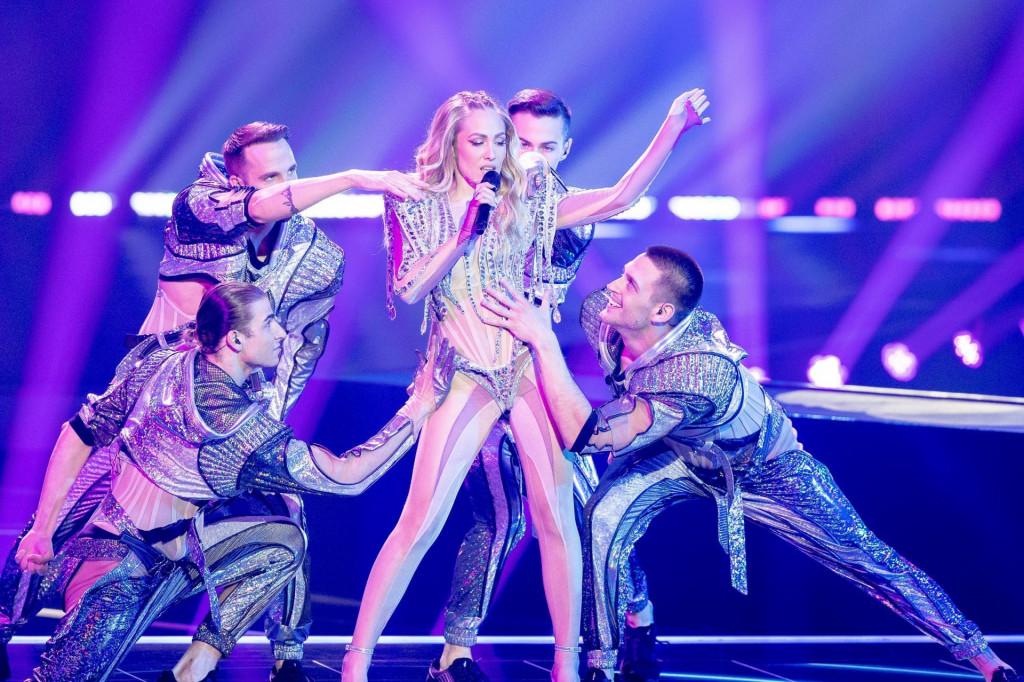 Albina i plesači na Eurosongu su nosili Zigmanove kostime.