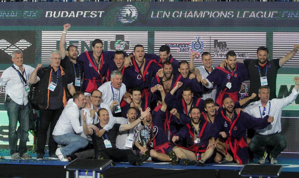 Željan Konsuo i Paulo Obradović, kao i mnogi drugi, ne zaboravljaju 4. lipnja 2016. godine u Budimpešti - Vaterpolski klub Jug Croatia osiguranje je prvak Europe, u finalu je sa 6:4 dobio grčkog prvaka, Olympiakos iz Pireja