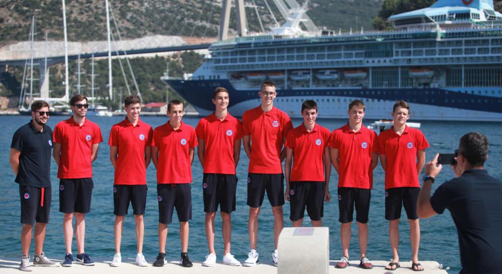 Jugovi plivači su bili najbolji na prethodnom 'B' ekipnom prvenstvu, izborili najveći rang, a sad u njemu osvojili treće mjesto