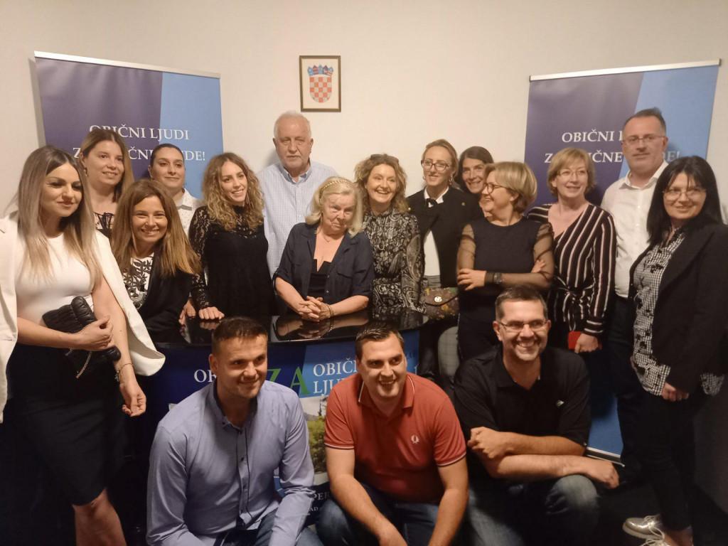 Kanadidat DDS-a za dubrovačkog gradonačelnika Pero Vićan u izbornom stožeru