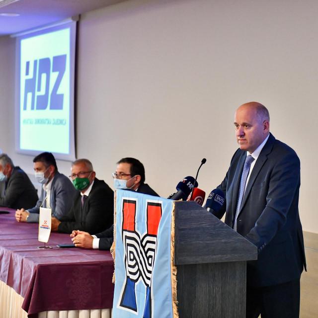 Postizborna pobjednička pressica gradskog i županijskog HDZ-a