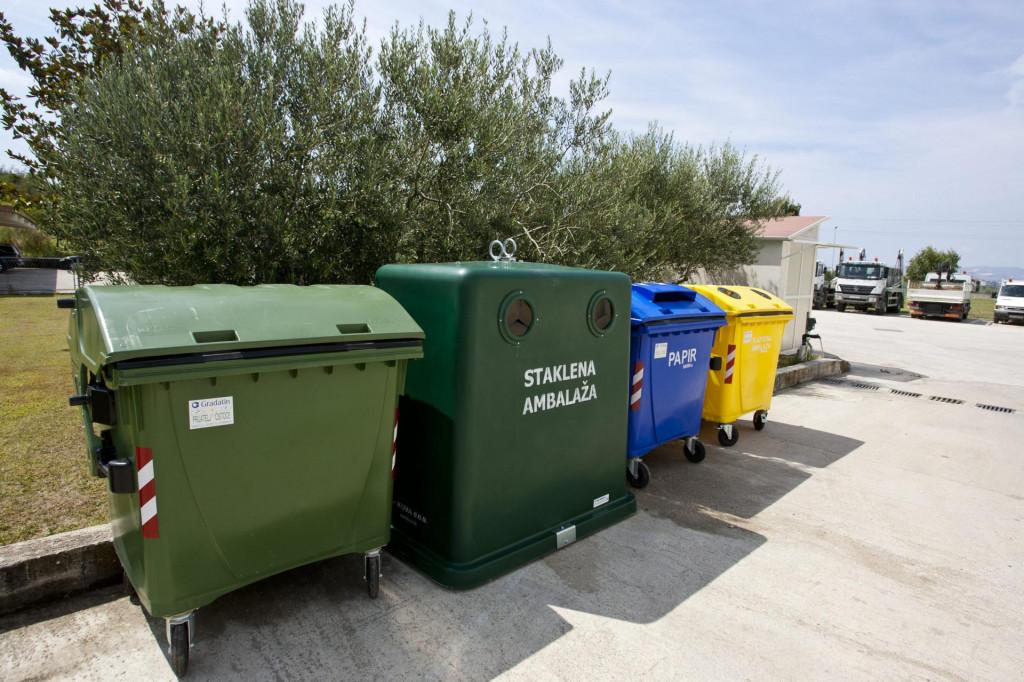 Kontejneri za odvojeno prikupljanje otpada Jakov Prkić/CROPIX