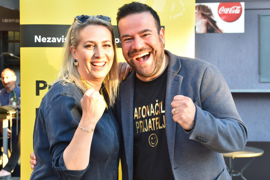 Na fotografiji: Filip Zoričić sa suprugom