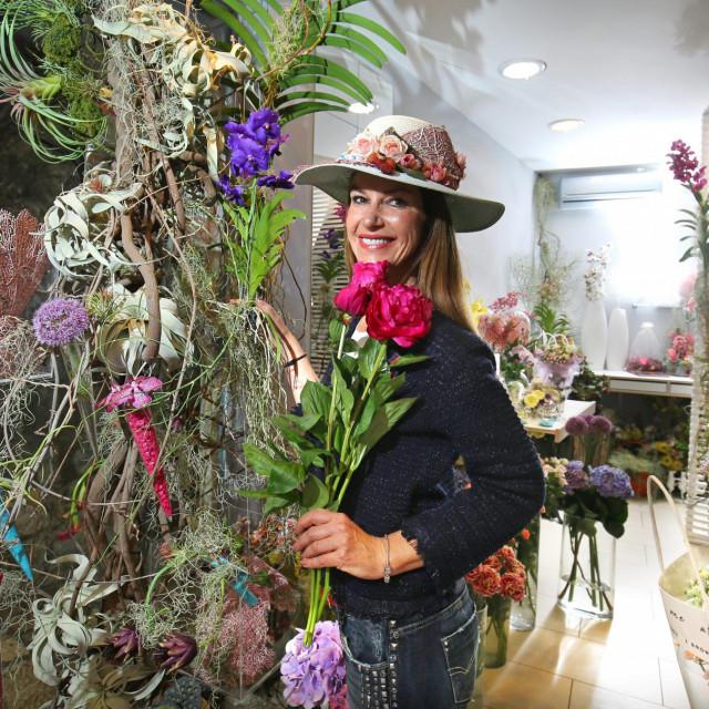 Desinela Grenc: 'Split, moj grad, kolijevka povijesti i kulture, ljepota prirode i tradicija uzgoja cvijeća, nije imao cvjećarnicu u gradskom središtu već duže vrijeme!'