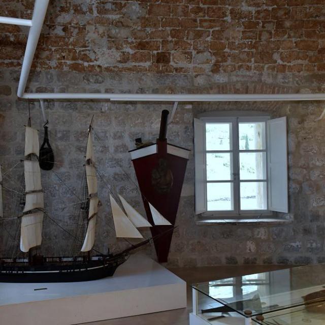 Pomorski muzej u tvrđavi sv. Ivana dobio pet novih prozora
