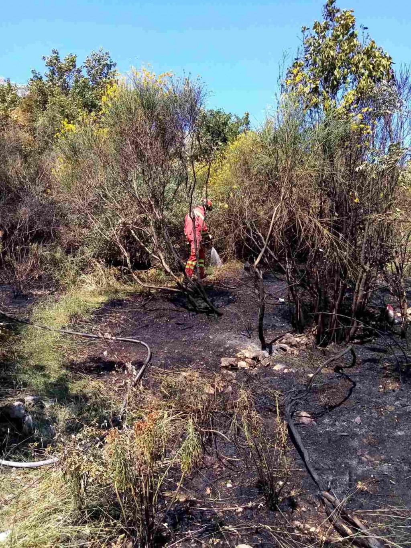 Dubrovački vatrogasci požar otvorenog prostora u Novoj Mokošici brzo su sanirali