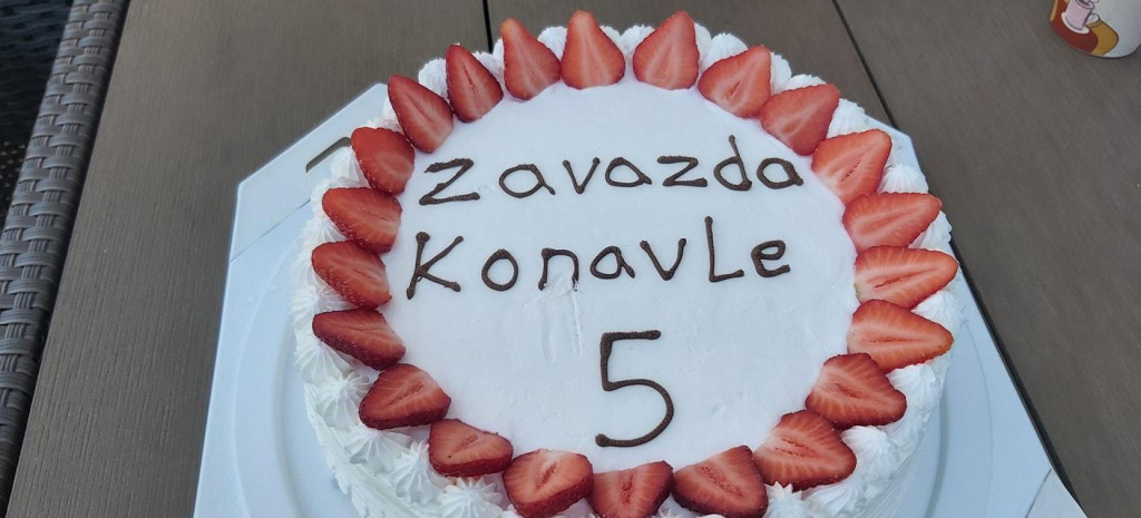 "Prigodna torta povodom 5. rođendana Facebook grupe ""Zavazda Konavle"""