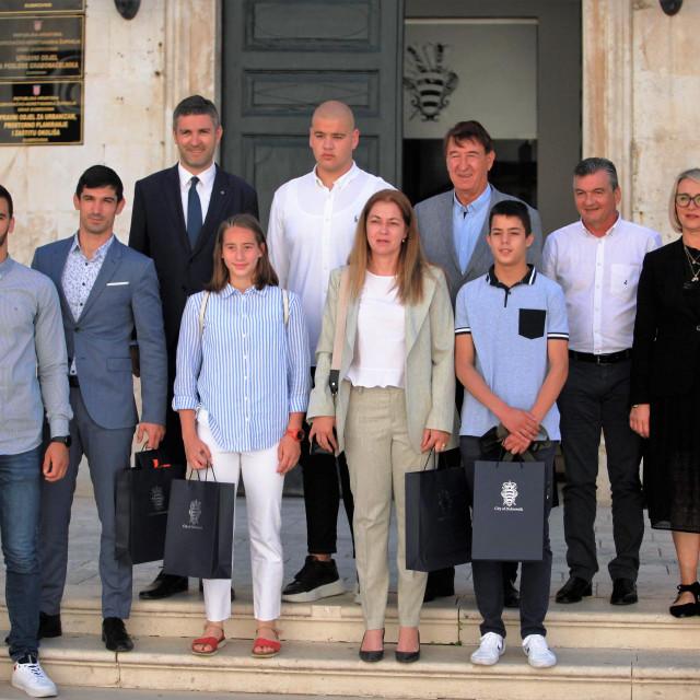 Gradonačelnik Mato Franković i zamjenica gradonačelnika Jelka Tepšić čestitali su Judo klubu Dubrovnik 1966. na posljednjim uspjesima