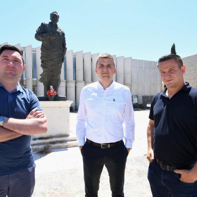 Ivica Žilić, načelnik Ivan Škara i Ante Dražina<br />