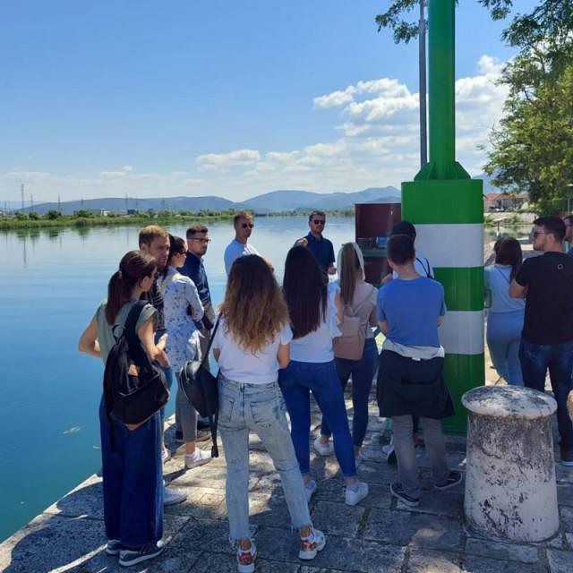 Studenti iz Splita posjetili su dolinu Neretve u sklopu projekta MoST