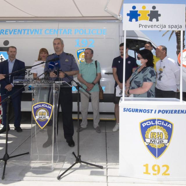Na Rivi je predstavljena akcija u kojoj ćemo tijekom ljeta češće viđati policijske djelatnike na cestama