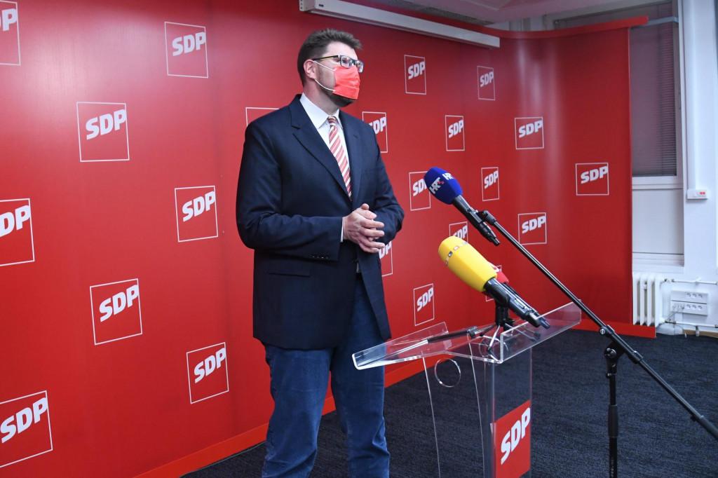 Čelnik oporbe nezadovoljan je rezultatima na lokalnim izborima