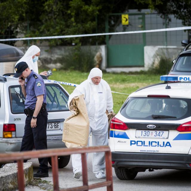 I istražitelji su ostali šokirani kada su u utorak poslijepodne vidjeli beživotno tijelo petogodišnjeg dječaka zatvorenog u automobilu