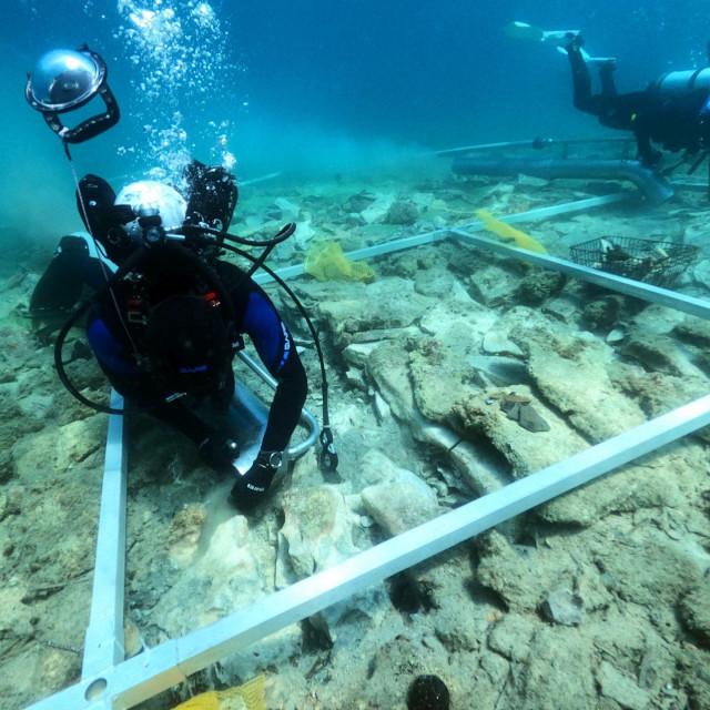 U istraživanju potopljenog neolitičkog naselja Soline na otoku Korčuli otkriveni mnogobrojni suhozidi
