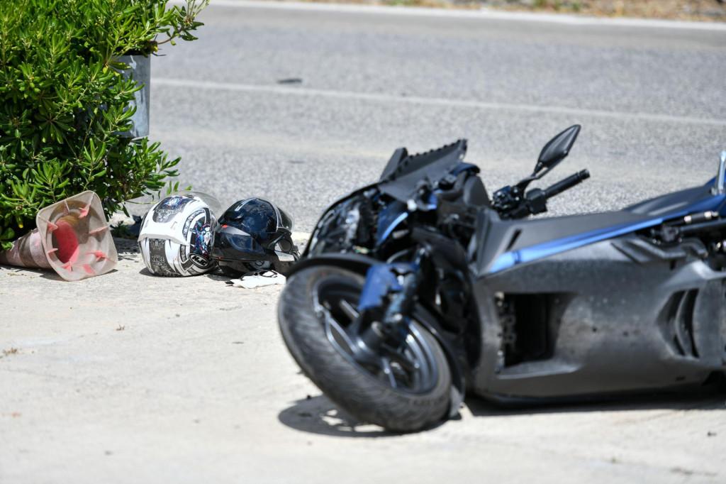 ilustracija<br /> Oduzimanje prednosti motociklima zadnjih je tjedana uzrokom brojnih prometnih nesreća