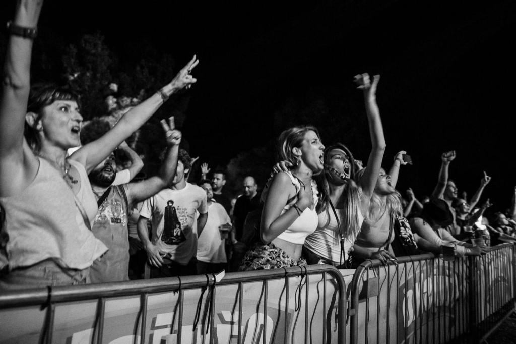 Osim velikih imena na velikom stageu, na drugom - čudna Muzika stageu, kojeg gradi i kojim upravlja dobra duša šibenske underground scene Dražen Frua, nastupit će preko 20 izvođača iz Šibenika