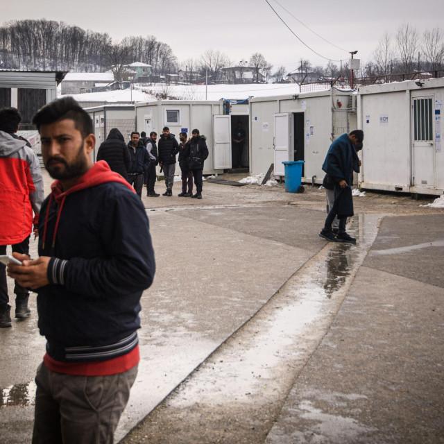 Migranti u okolici Bihaća: u ljetnim mjesecima za očekivati je porast broja pokušaja ilegalnih ulazaka u RH