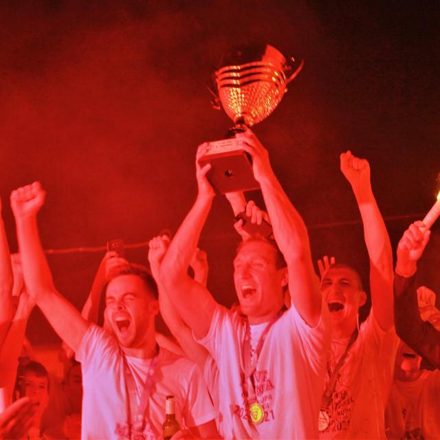 Povijesni uspjeh Nogometnog kluba Neretvanac (Opuzen) - prvak južne skupine Treće hrvatske lige u sezoni 2020./21.