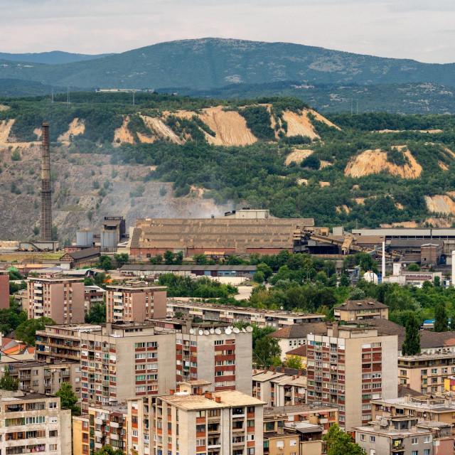 Topionica Zijin Bor Copper, rudarsko-topionički kompleks bakra i jedan od najvećih rudnika bakra u Europi, u vlasništvu kineske rudarske tvrtke Zijin Mining