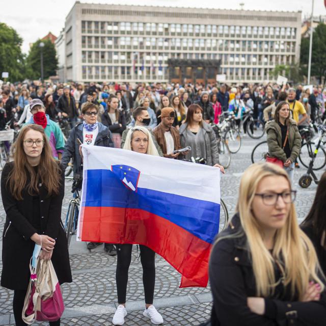 Slovenski protuvladini prosvjedi krajem svibnja vjerojatno su ubrzali proglašenje kraja epidemije