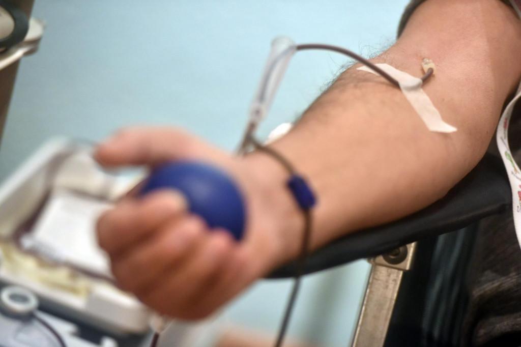 Zadar, 101220<br /> Jutros je u zgradi HNK na Poluotoku organizirana tradicionalna Bozicna akcija darivanja krvi udruge darivatelja krvi Kalelarga.<br /> Na fotografiji: akcija.<br />