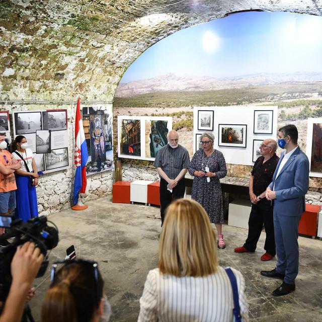 U sklopu obilježavanja 30. obljetnice srpsko-crnogorske agresije i napada na dubrovačko područje, Muzej Domovinskog rata Dubrovnik dobio je donaciju velikog slikara Dimitrija Popovića