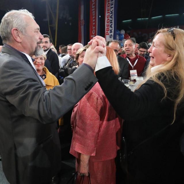 Silvano Hrelja pratio je rezultate posljednjih izbora za predsjednika RH u stožeru Zorana Milanovića