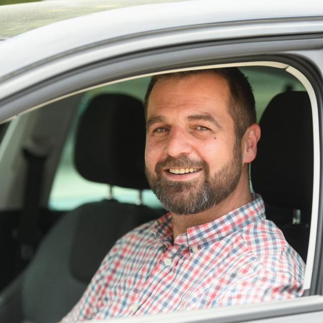 sd specijal<br /> Zadar, 160621.<br /> Kresimir Desa, jedan od trojice tvoraca platforme Vozy za profesionalne vozace.<br />