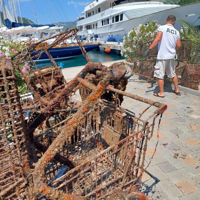 Akcija čišćenja podmorja u ACI marini Dubrovnik