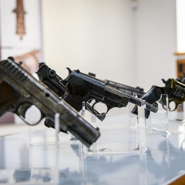 Istraga će pokazati odakle osumnjičeniku pištolj