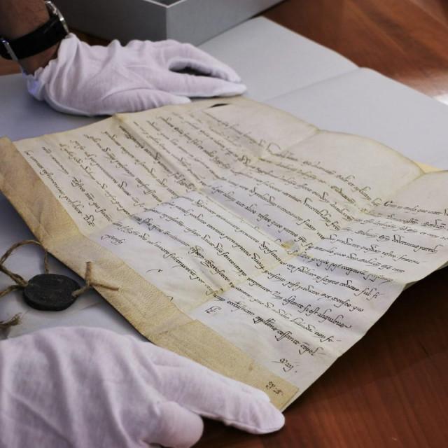 Vrijedne papinske isprave Državnog arhiva u Dubrovniku iz 12. i 13. stoljeća vraćene u Hrvatsku