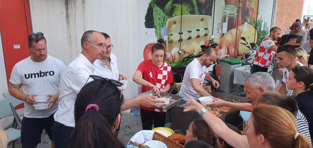 Gradonačelnik Ivica Puljak je proslavu proveo radno