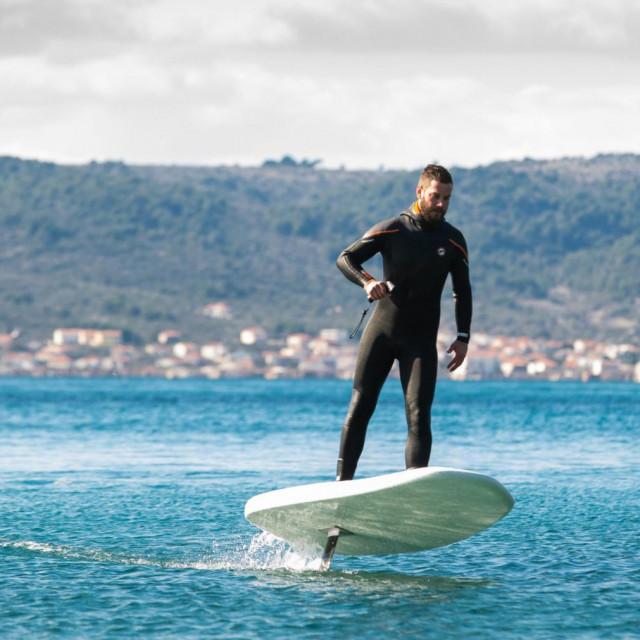 Daske <em>Plurato Sailfin</em> mogu surfati do 80 minuta