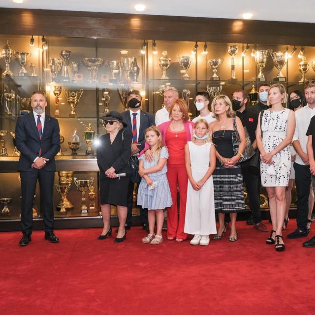 Otkrivanje počasne vitrine Iviću u trofejnoj sali Poljuda
