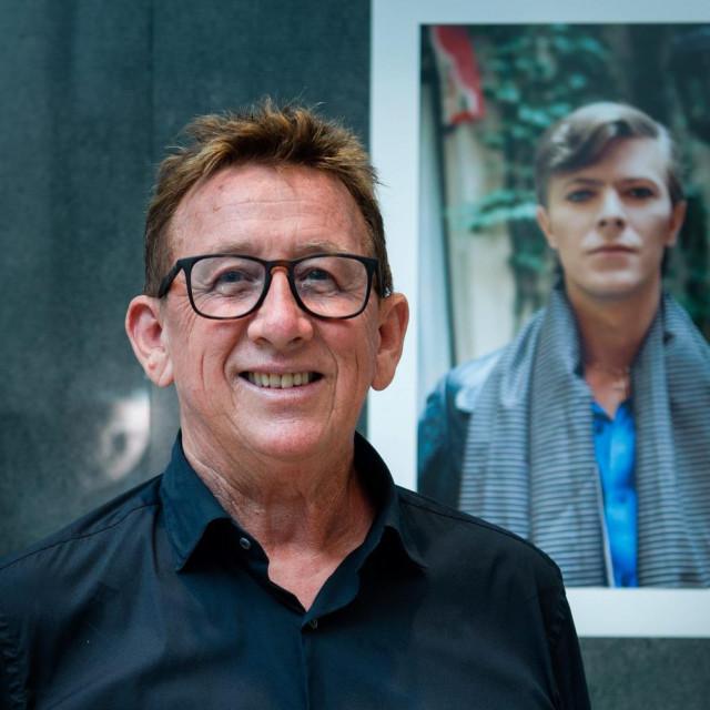 Jadran Lazić uz portret Davida Bowiea