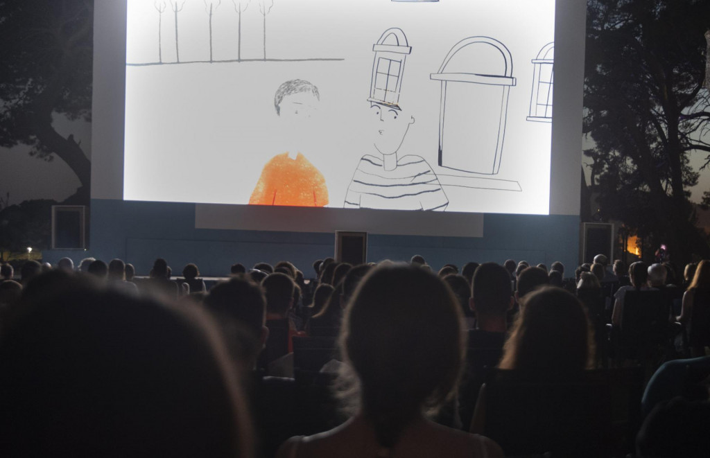 Kadrvi pobjedničkog filma Marka Dješke na velikom platnu Ljetnog kina 'Bačvice'