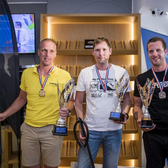 Pobjednici Stjepko Kesić, Sandi Imbrišić i Bruno Žic