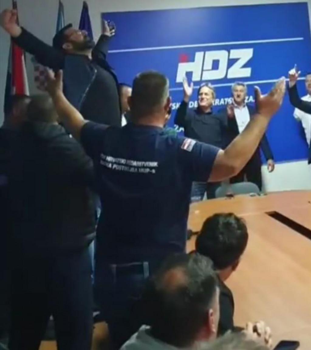 Slavlje u Stožeru HDZ-a