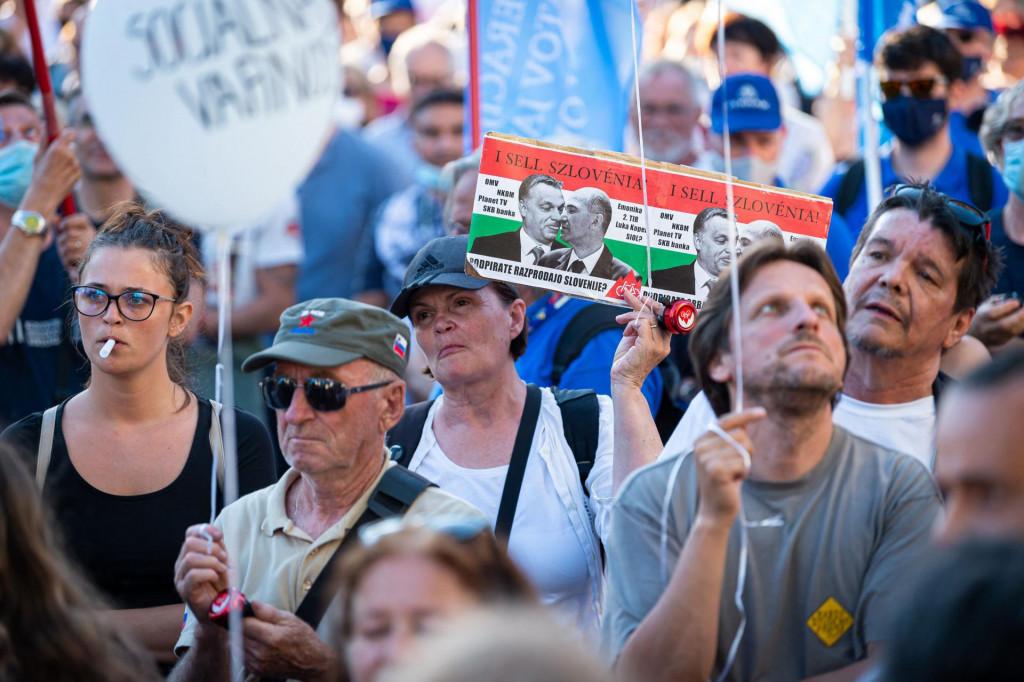 U Ljubljani se održavaju i prosvjedi protiv aktualne vlasti, jedan od uzroka i koronakriza