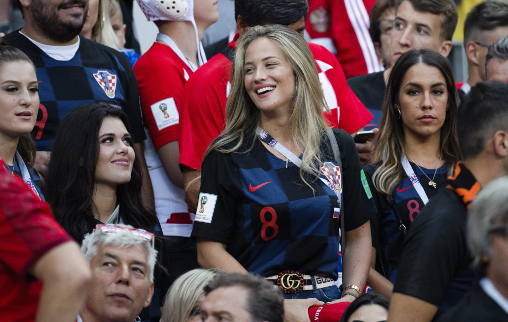 Arhivska fotografija: Izabel Kovačić snimljena u Moskvi 2018. nautakmici polufinala svjetskog nogometnog prvenstva Hrvatska-Engleska