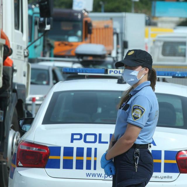 Bračka policija ne jednom je zatekla istog pijanog vozača