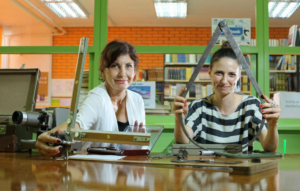 Profesorica Vesna Plenča i knjižničarka Nikolina Dolfić