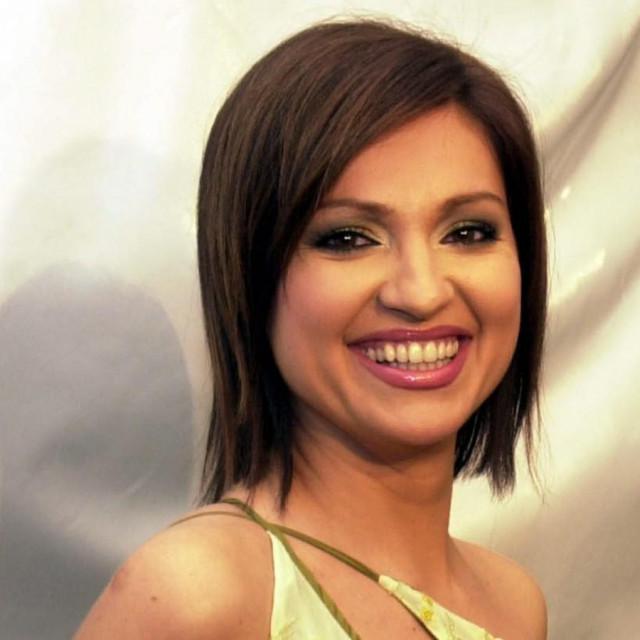 Nina Badrić: blistavi osmijeh i karijera