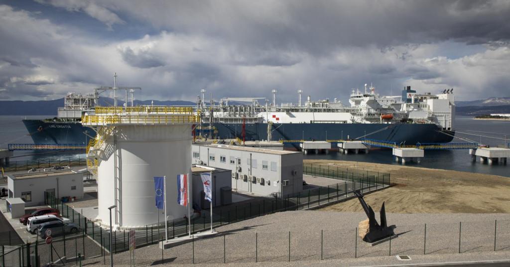 Brod LNG Croatia u Omišlju