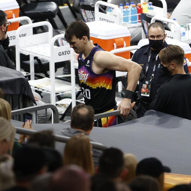 Dario Šarić ozljedio je desno koljeno u prvoj utakmici NBA finala