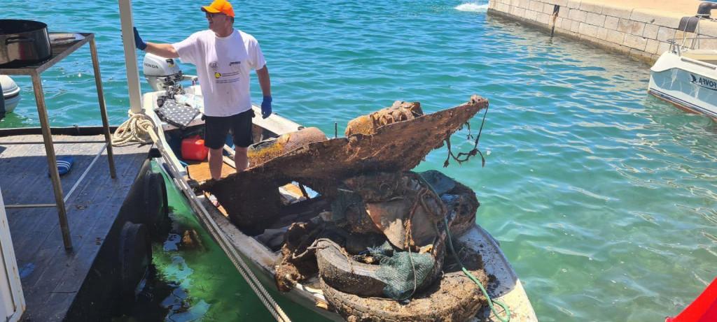 Ekološka akcija čišćenja podmorja u Blacama