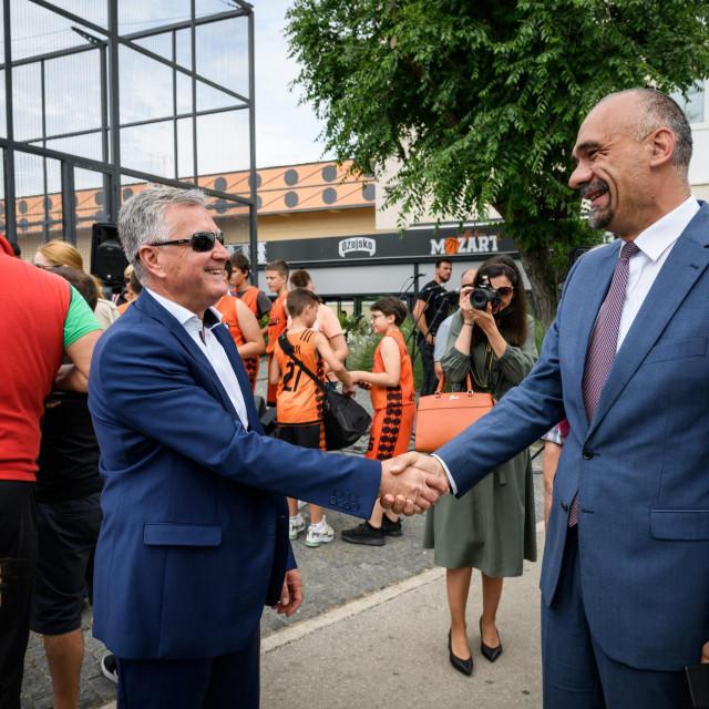 Župan Marko Jelić i gradonačelnik Željko Burić.<br />