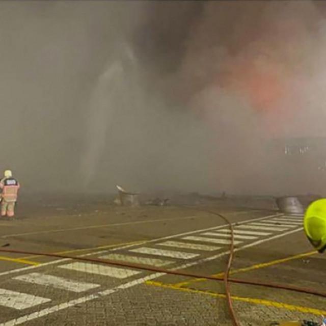 Požar u luciJebel Ali